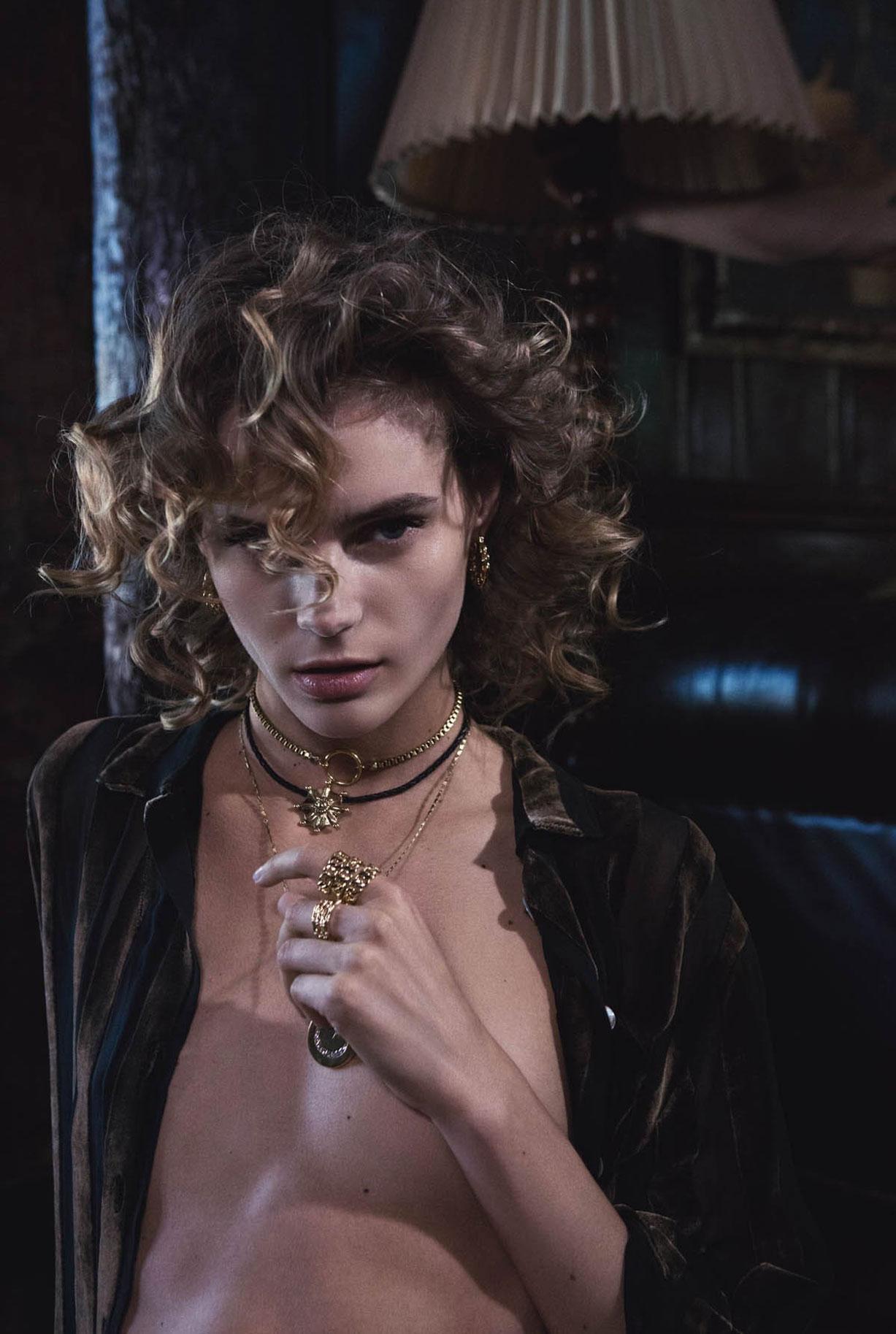 Жужу Иванюк в рекламной кампании одежды и драгоценностей модного бренда Vanessa Mooney / фото 17