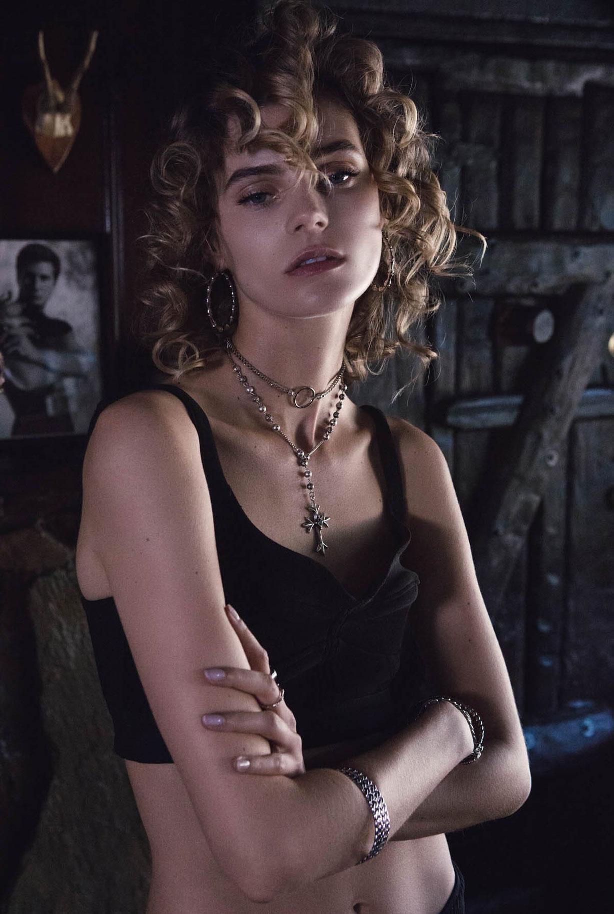 Жужу Иванюк в рекламной кампании одежды и драгоценностей модного бренда Vanessa Mooney / фото 19
