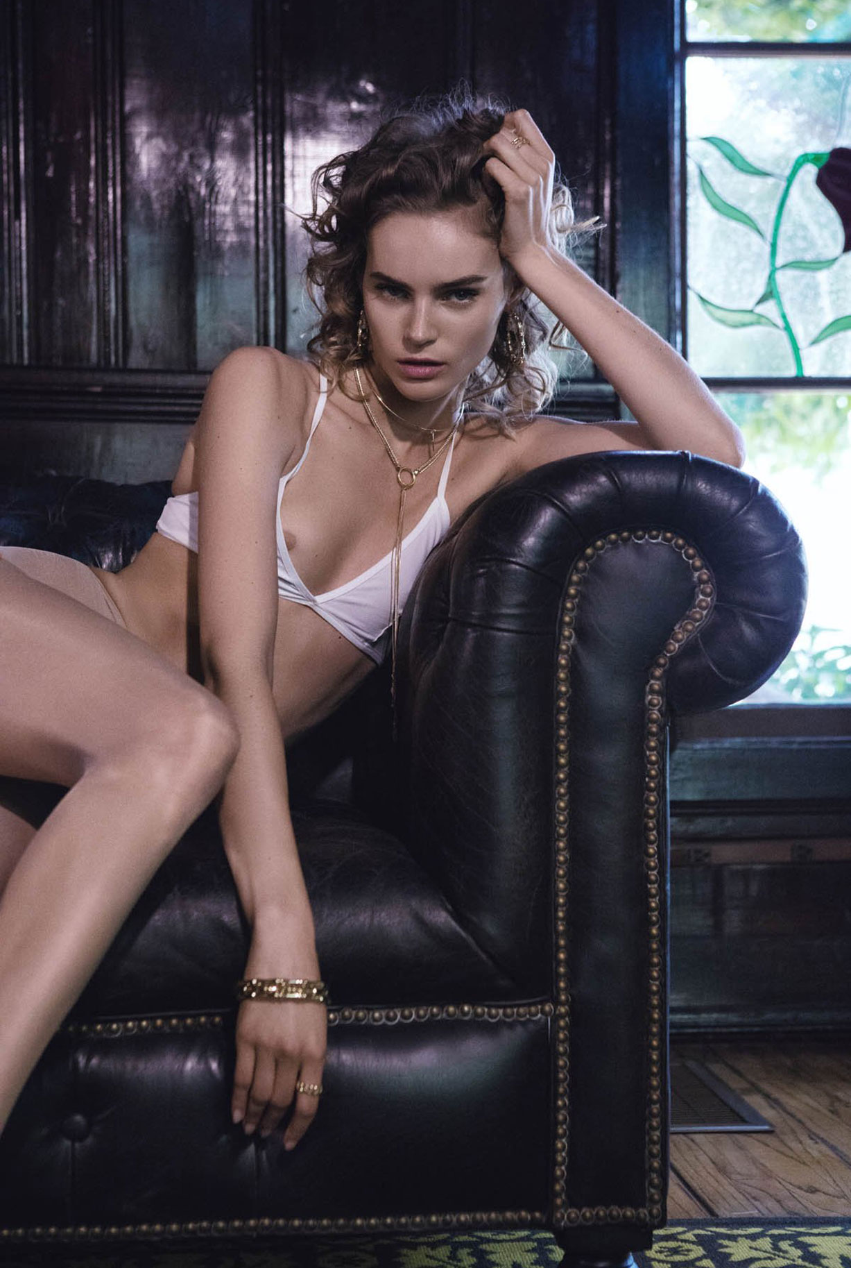 Жужу Иванюк в рекламной кампании одежды и драгоценностей модного бренда Vanessa Mooney / фото 20