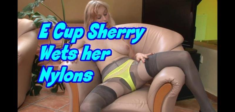 FFstockings.com/Nylonsonly.com: Sherry Riley/Sherry Railey/Petra Mis - E Cup Sherry Wets her Nylons [FullHD 1080p] (579.04 Mb)