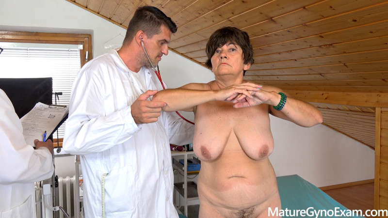 MatureGynoExam.com: Victoria - Old senior cunt gets examined and made to cum in gyno chair [FullHD 1080p] (1.02 Gb)
