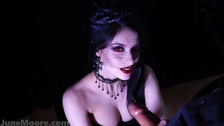 JuneMooreXXX/ManyVids: June Moore - Thirst - b/g Vampire Handjob Blowjob [FullHD 1080p] (1.40 GB)