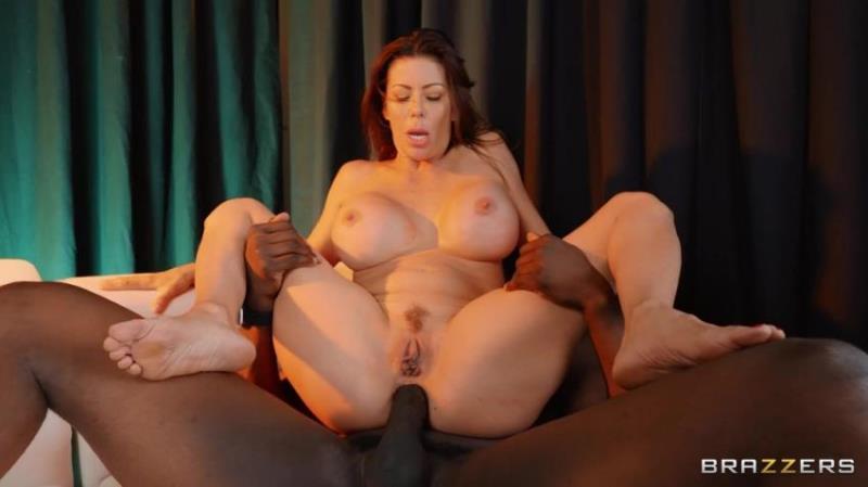 Alexis Fawx - The Gold Bar [FullHD/1080p/1.31 Gb] PornstarsLikeitBig.com/Brazzers.com