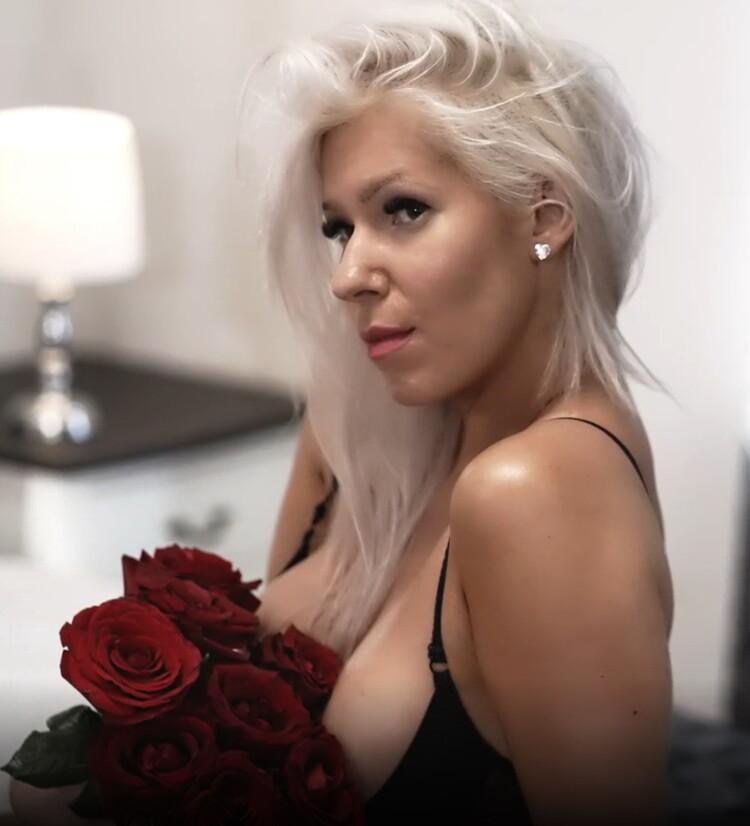 Kate Truu - I SEDUCED PHOTOGRAPHER ON VALENTINE DAY ROMANTIC PASSIONATE PMV [UltraHD 4K/2160p/1.93 GB] OnlyFans