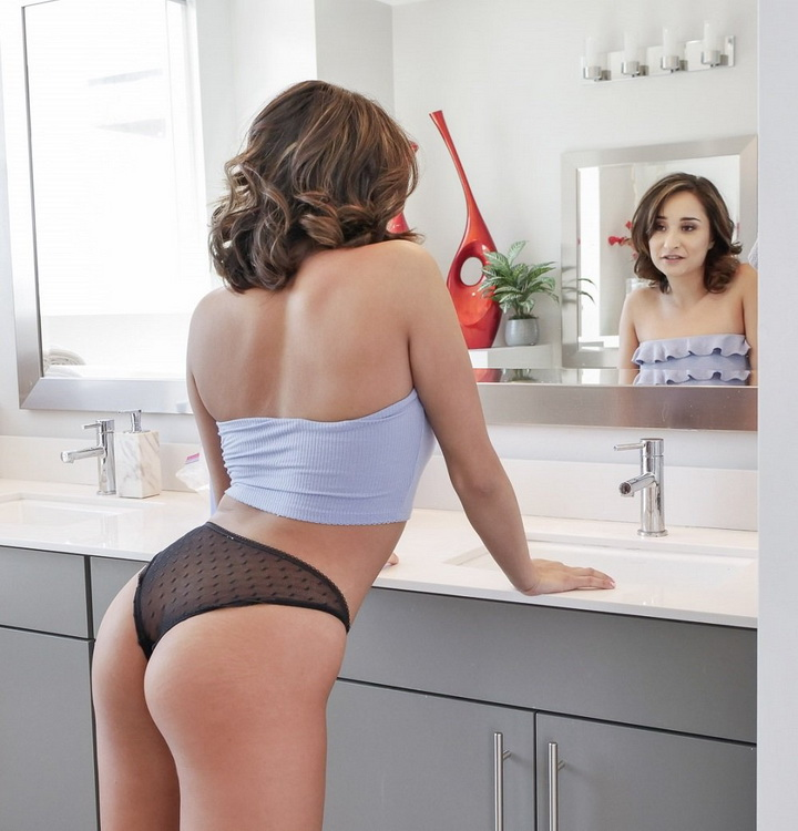 Isabella Nice ~ Taking It From The Tail End ~ TeensLoveAnal/TeamSkeet ~ HD 720p