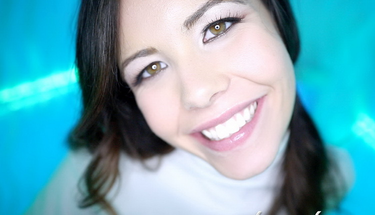 Lyla Dean - Lyla [FullHD 1080p]