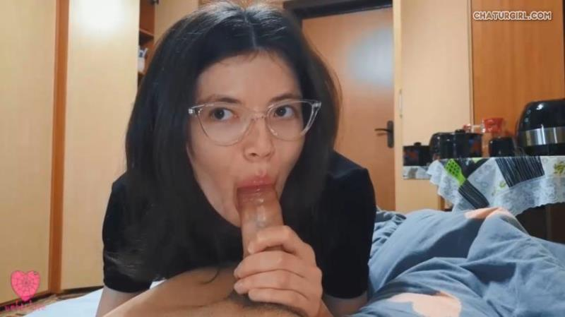 Amateurs - webtolove My Stepsister Came To My Room Late At Night Without Panties [HD/720p/293.77 Mb] chaturgirl.com