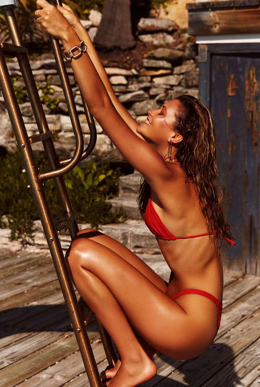 летние развлечения в рекламной кампании купальников / фото 05