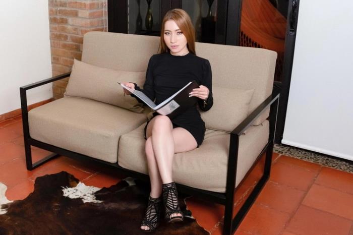Amber Lee - My Tiny Asian-Latin Hot Cousin (2021 Anal Delight SexLikeReal.com VRPorn.com) [2K UHD   1920p  2.93 Gb]