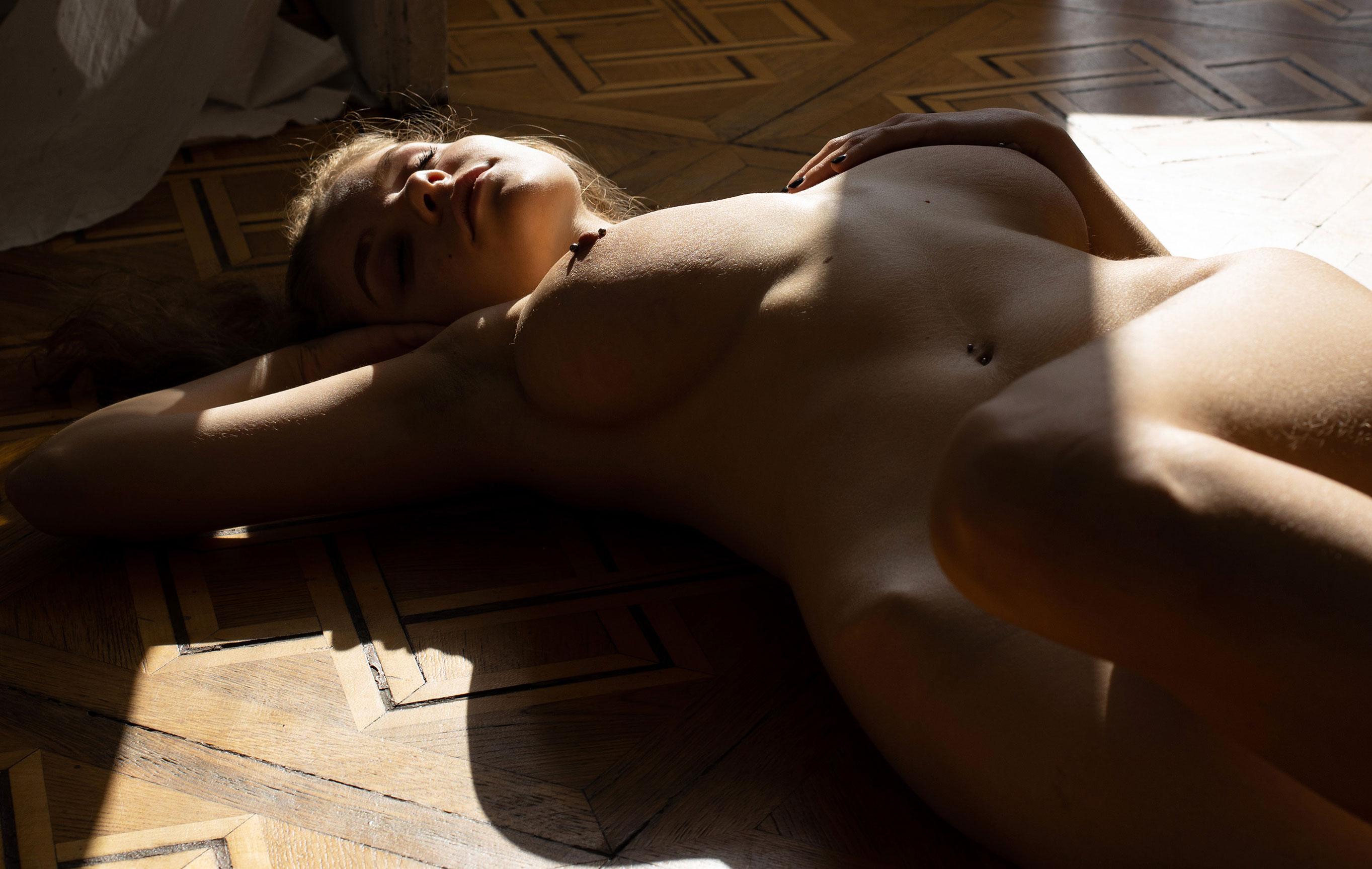 сексуальная и голая Милена / фото 01