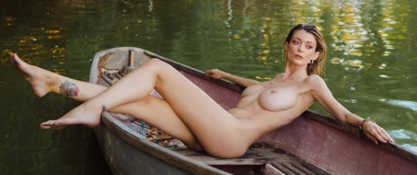 Playboy.com / PlayboyPlus.com: Anna Lisa - Natures Stillness [FullHD 1080p] (276,02 Mb) - October 20, 2021