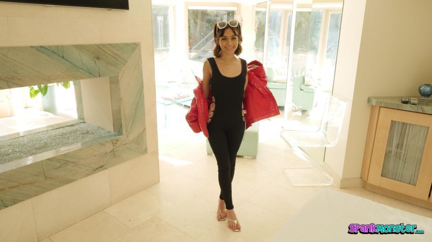 ModelCentro.com, SpankMonster.com - Aria Valencia