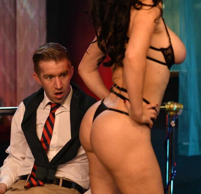 Krissy Lynn - One Sneaky Stripper (2021 BrazzersExxtra.com Brazzers.com) [FullHD   1080p  1.96 Gb]