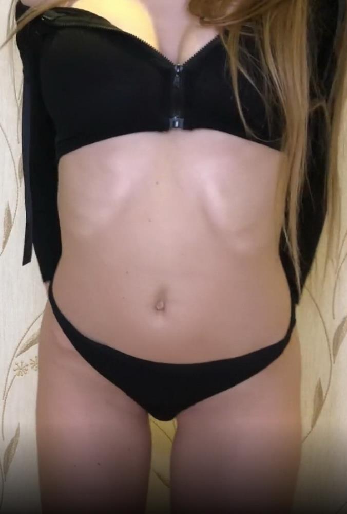 Onlyfans - Slim Sonya - Cute Model SlimSonya fucking herself in pussy and ass by Dildo and AnalGag [UltraHD 4K 2160p]