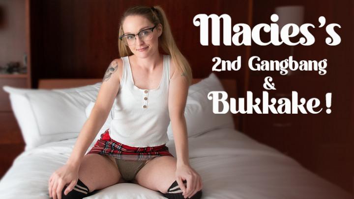 TexxxasBukkake / TexasBukkake.com / ManyVids.com: Macie Jones - Macies 2nd Gangbang, Bukkake [FullHD 1080p] (622.09 Mb)