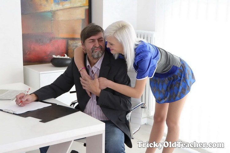 TrickyOldTeacher: Misa - Cunning Misa seduces her tricky old teacher for better grades in school [UltraHD 4K 2160p] (Old and Young)