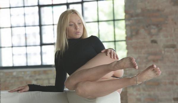 Lina Napoli - Lina Napoli [HD 720p] 2021
