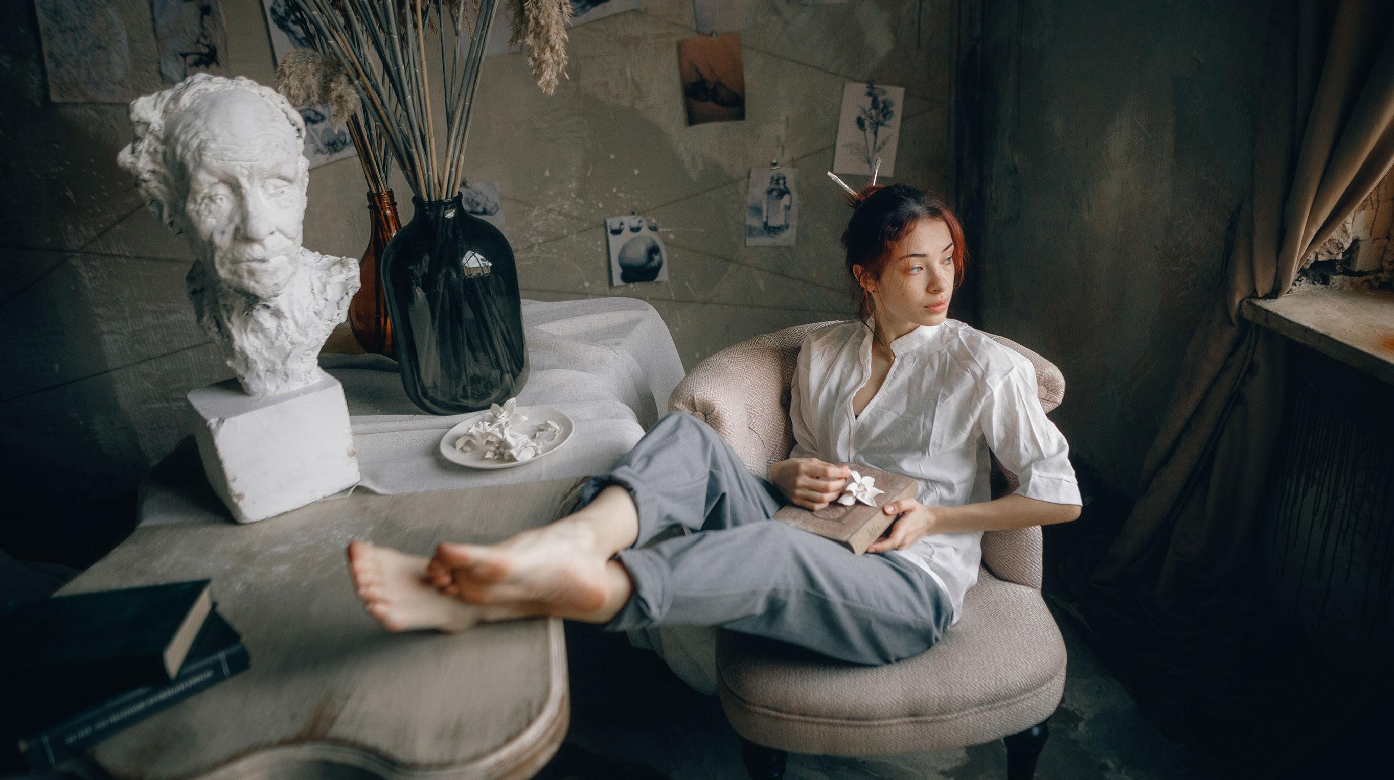 Елизавета Трофимова в ожидании вдохновения / фото 01