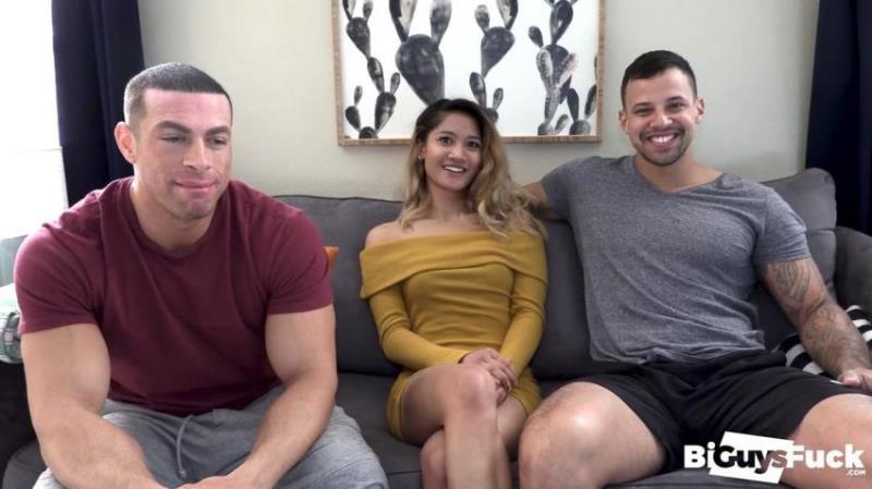 BiGuysFUCK.com: Tony Romero, Sean Costin, Tina Torres - Tina Torres Makes Tony Romero Jealous As She PEGS Like A PRO On Sean Costins Hole [FullHD 1080p] (962.92 Mb)