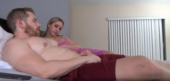 Khloe Kapri - Staying Over (2021 Family Therapy Clips4Sale.com) [HD   720p  1.35 Gb]