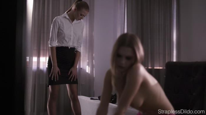 StraplessDildo.com: How.to.dress.up.aurelika.for.strapon.sex Starring: Maria Pie