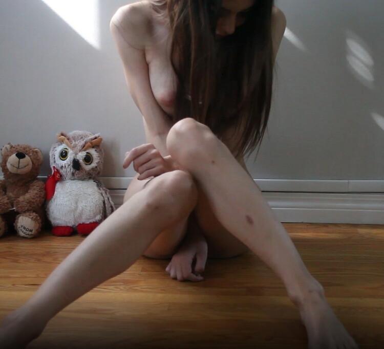 Chloe Night - Squirting girl shakes-booty (ManyVids/FullHD) - Flashbit