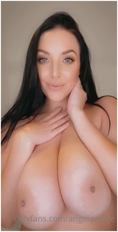 OnlyFans.com: Valentine's Day Sex Starring: Angela White