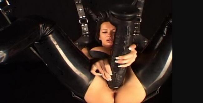 Latexangel: Lxav Fa Huge Dildo In Pussy Large Dildo Pussyfucking, Extreme Pussy Penetration, Cunt Stretching, Nasty Closeups Starring: LatexAngel AKA Angelina